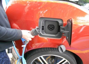 BENIDORM – The municipality will enable in the next month two charging points for electric vehicles