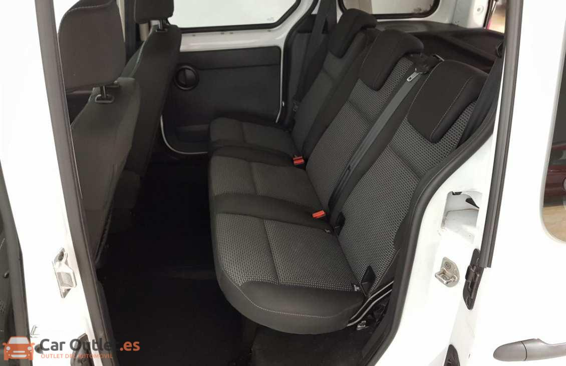 15 - Mercedes Citan Tourer 2015