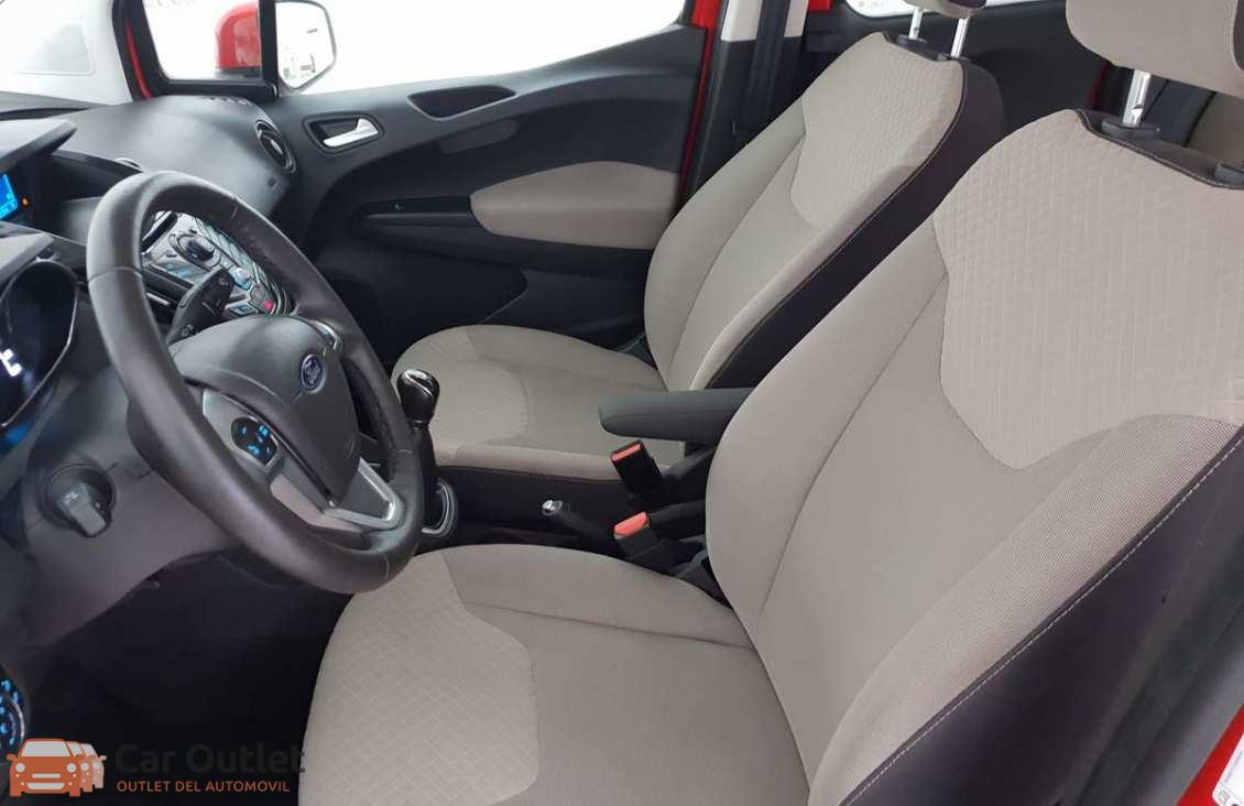 5 - Ford Tourneo Courier 2015