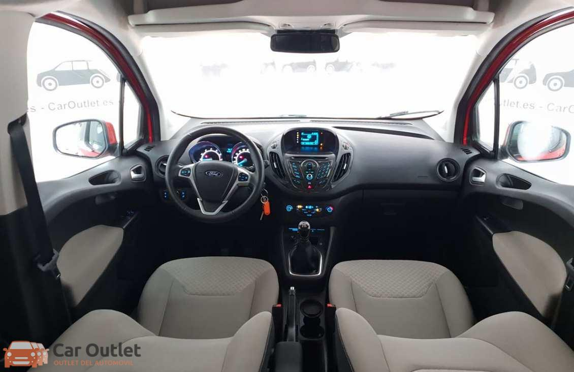 6 - Ford Tourneo Courier 2015
