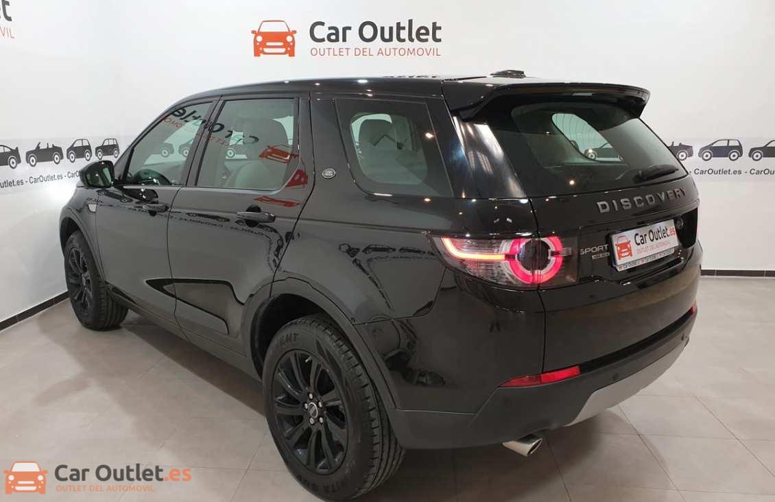 7 - Land Rover Discovery 2015