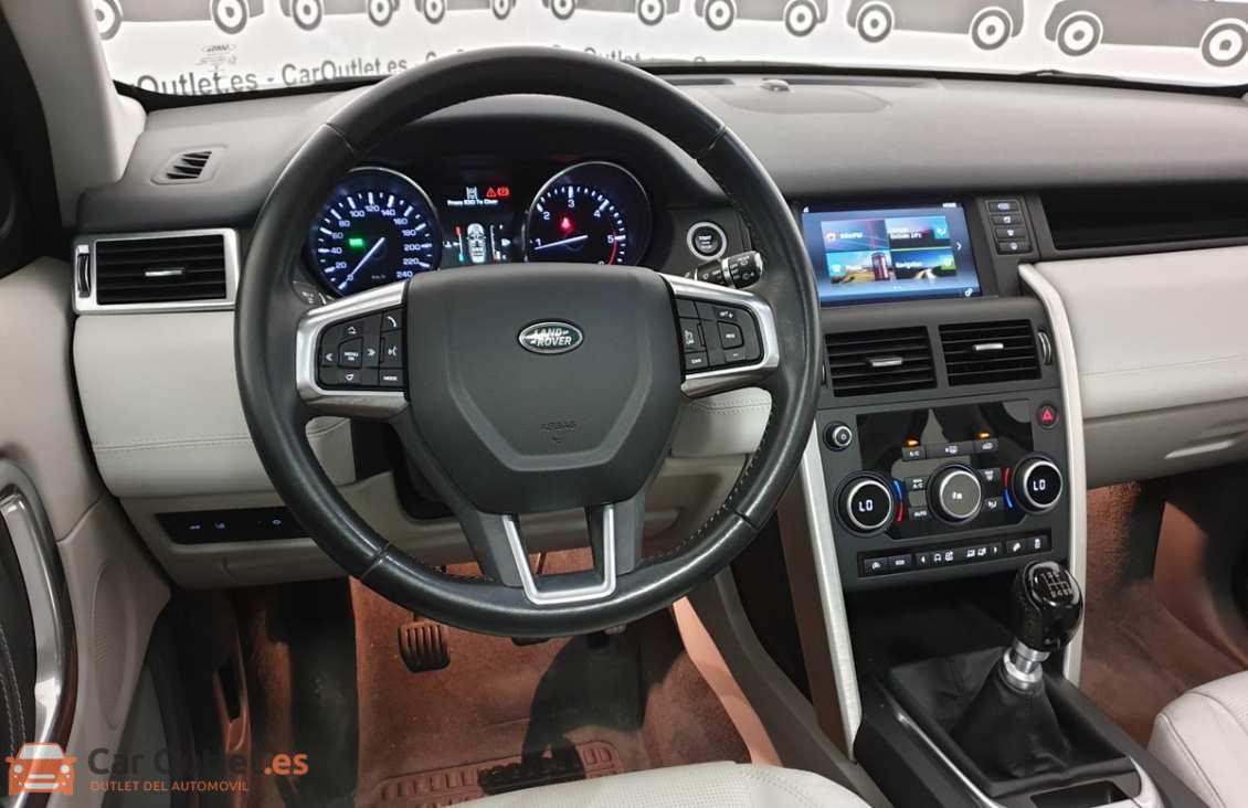 15 - Land Rover Discovery 2015