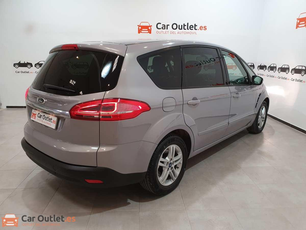 3 - Ford S-Max 2015