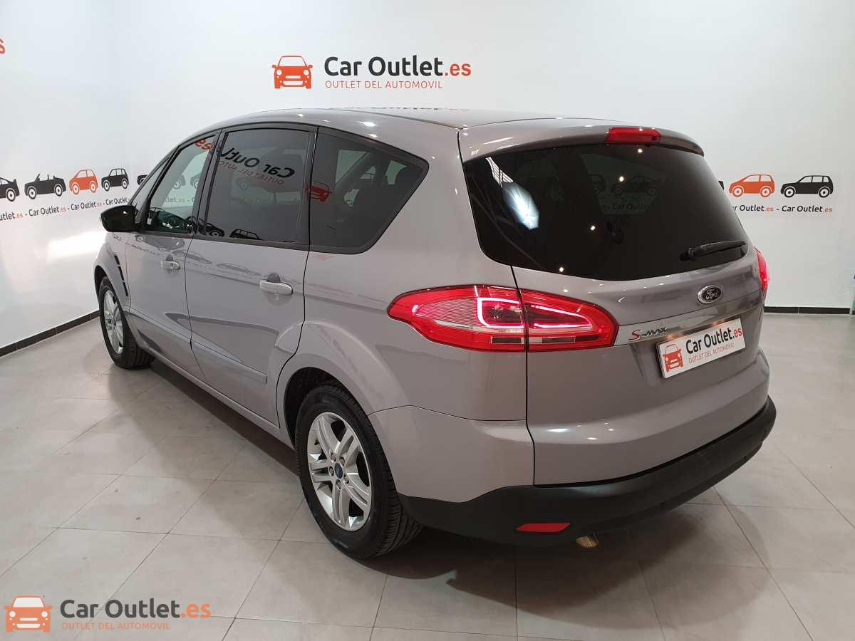 5 - Ford S-Max 2015