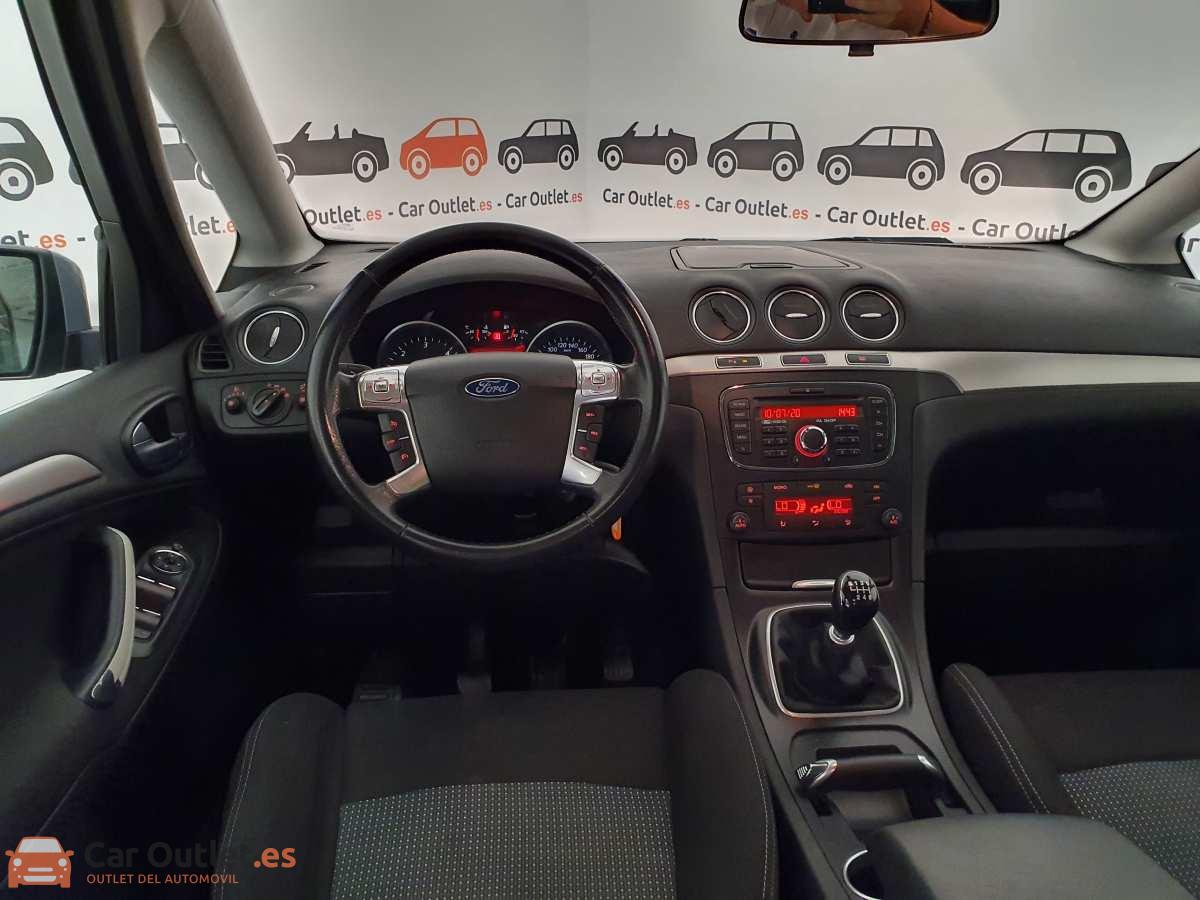 14 - Ford S-Max 2015