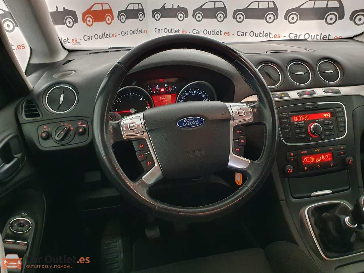 15 - Ford S-Max 2015