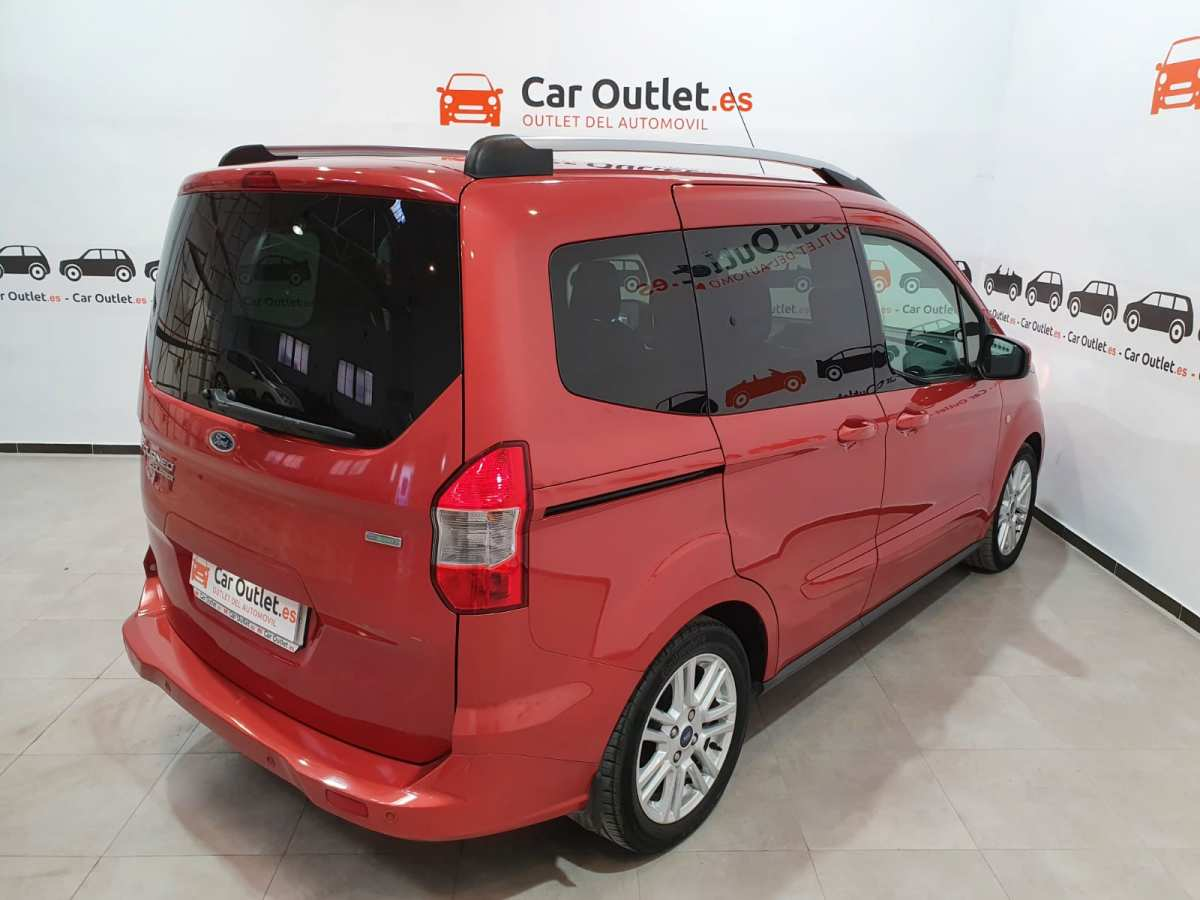 7 - Ford Tourneo Courier 2016