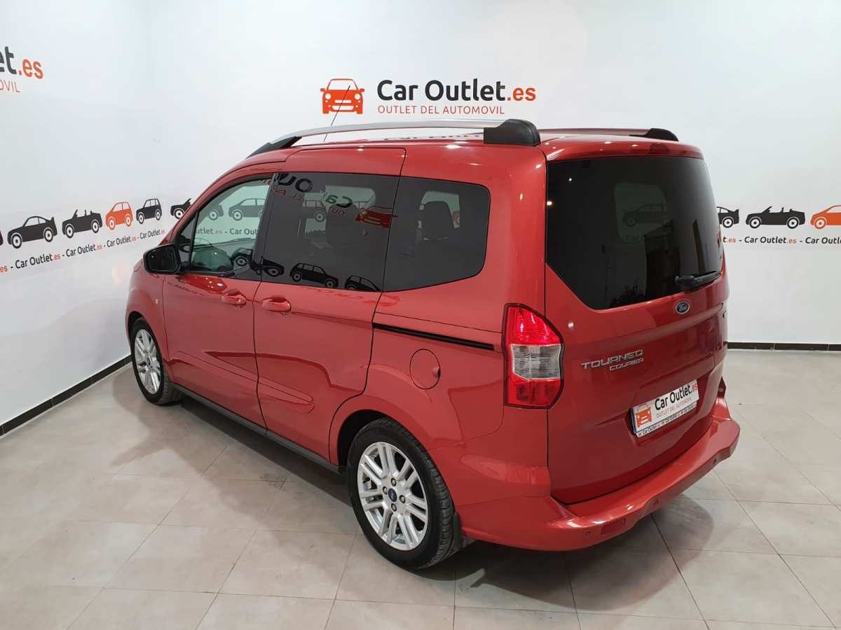 11 - Ford Tourneo Courier 2016