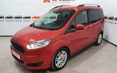 Ford Tourneo Courier Petrol - 2016
