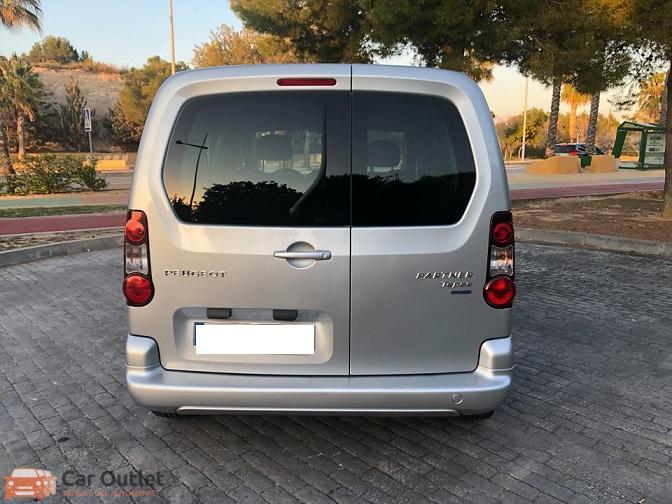 6 - Peugeot Partner 2016