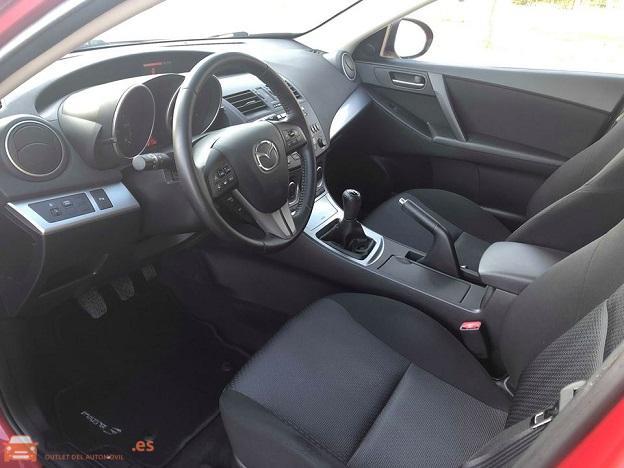5 - Mazda 3 2010