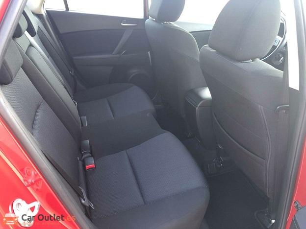 7 - Mazda 3 2010