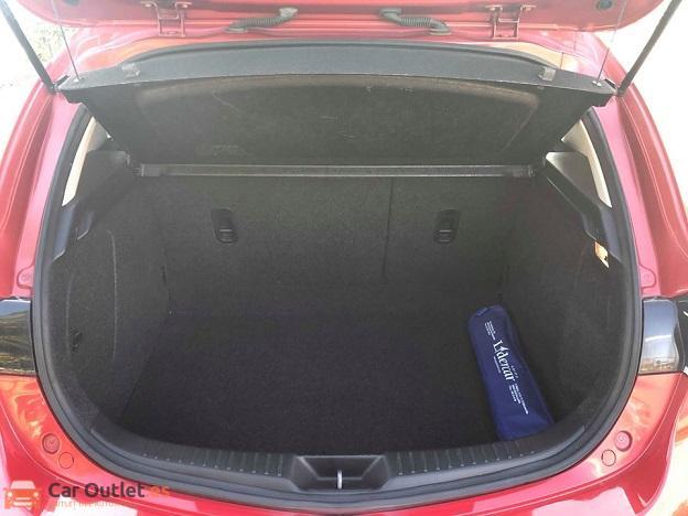 10 - Mazda 3 2010