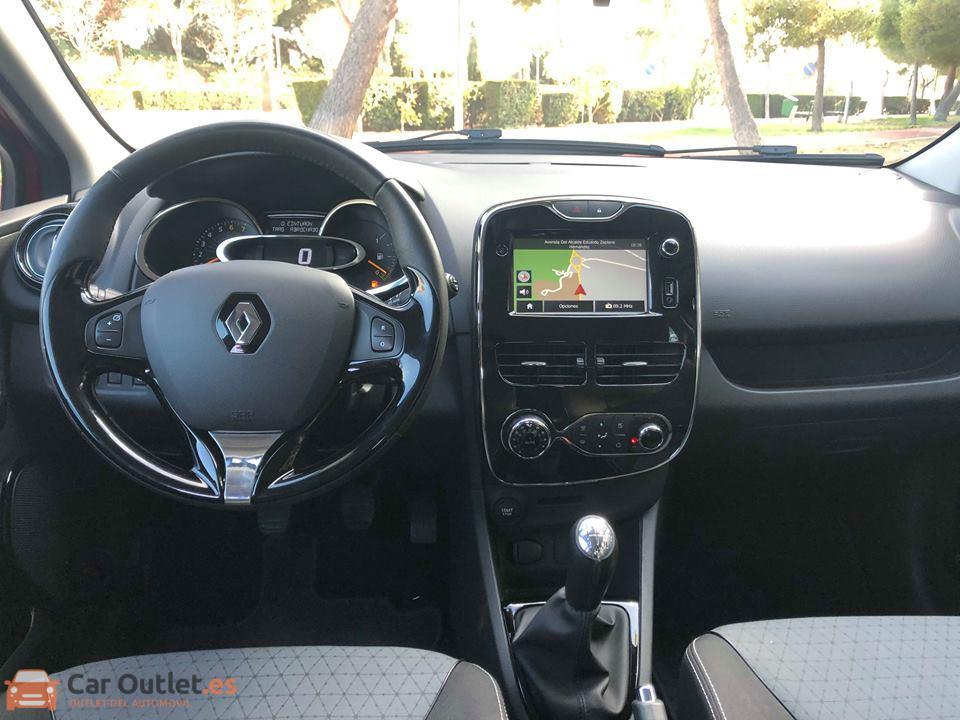 8 - Renault Clio 2013