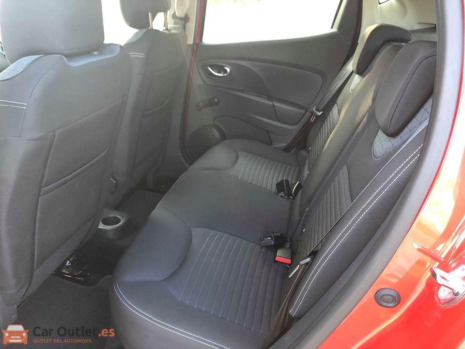9 - Renault Clio 2013