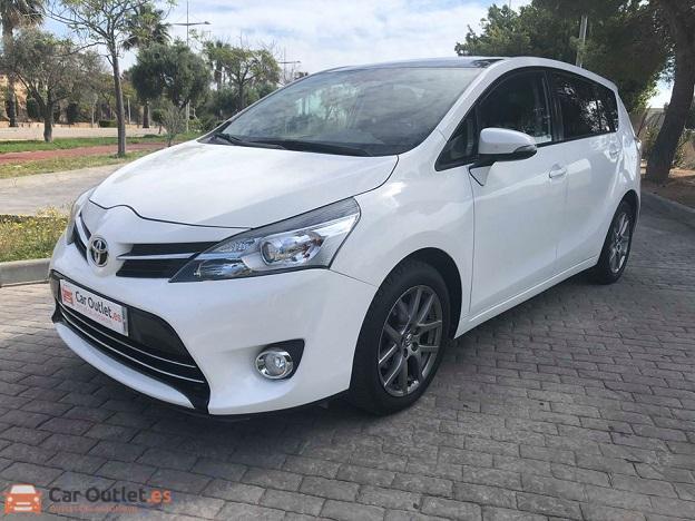 0 - Toyota Verso 2013