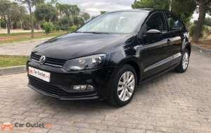 Volkswagen Polo Petrol - 2017