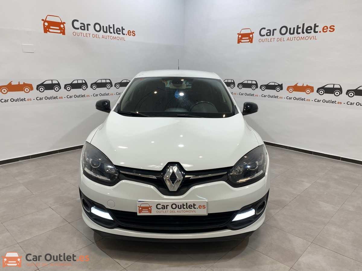1 - Renault Megane 2015