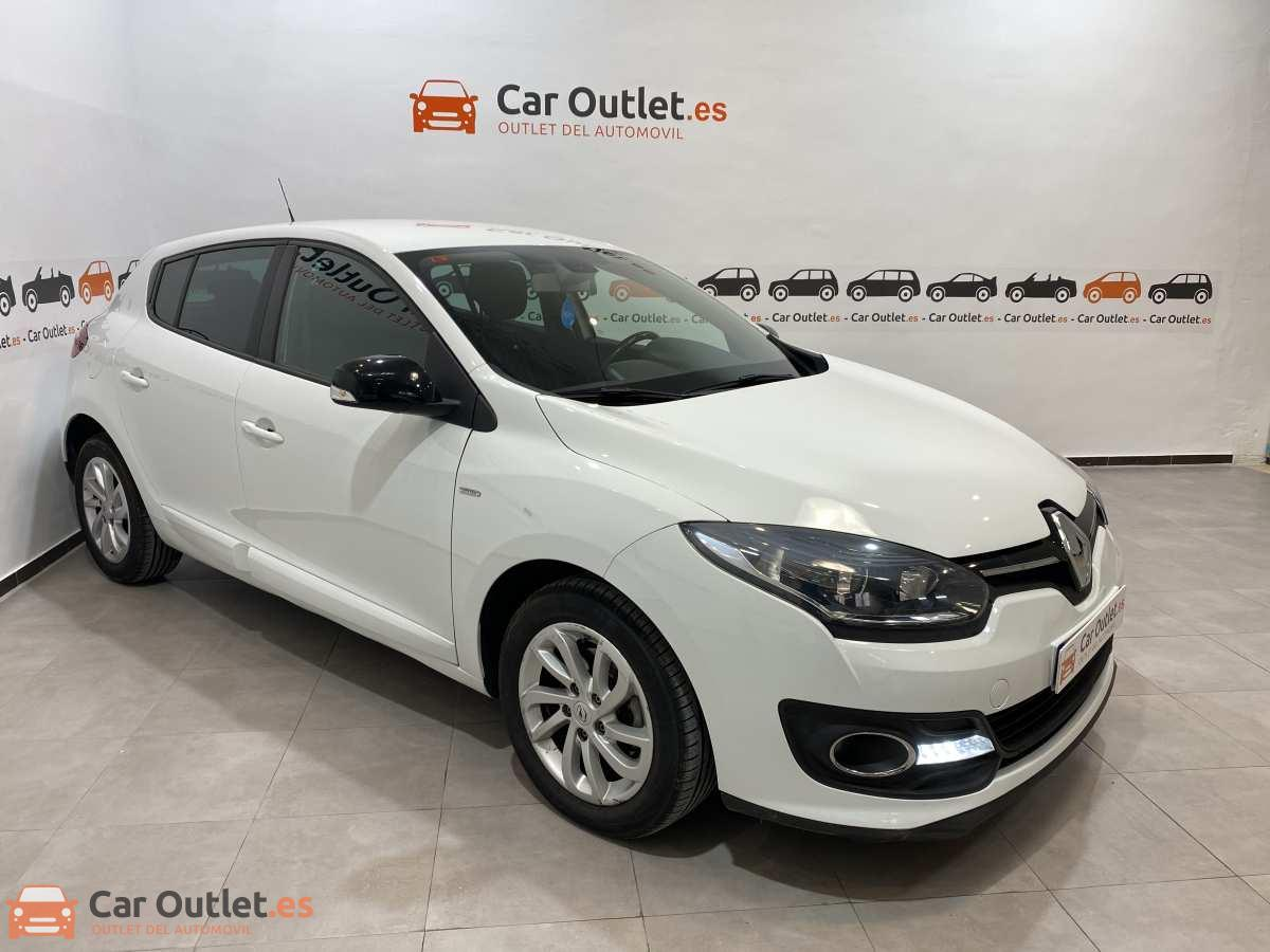 2 - Renault Megane 2015