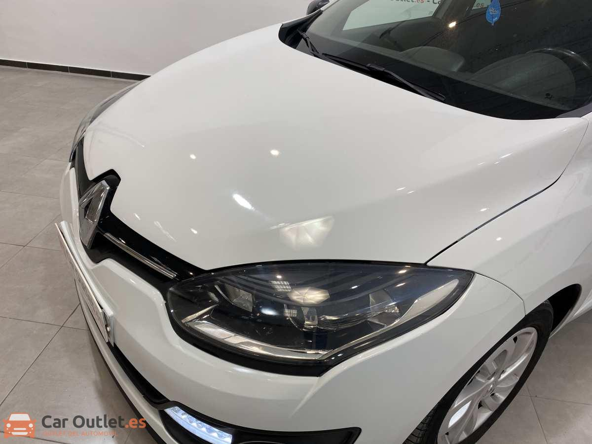 5 - Renault Megane 2015