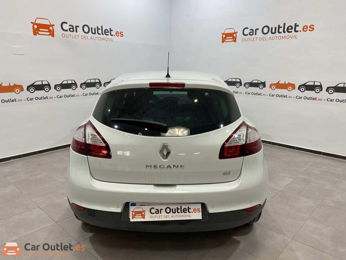 7 - Renault Megane 2015