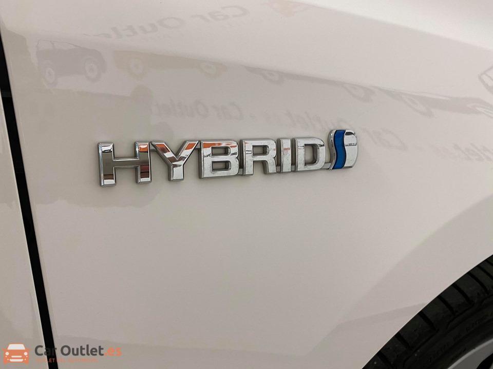 23 - Toyota Auris 2014 - AUTO