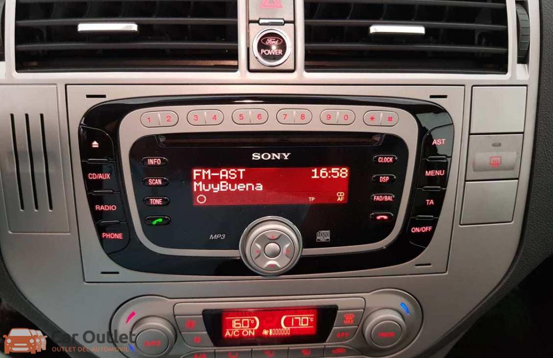 12 - Ford Kuga 2010