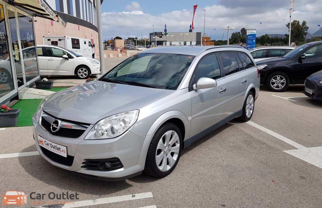 24 - Opel Vectra 2008