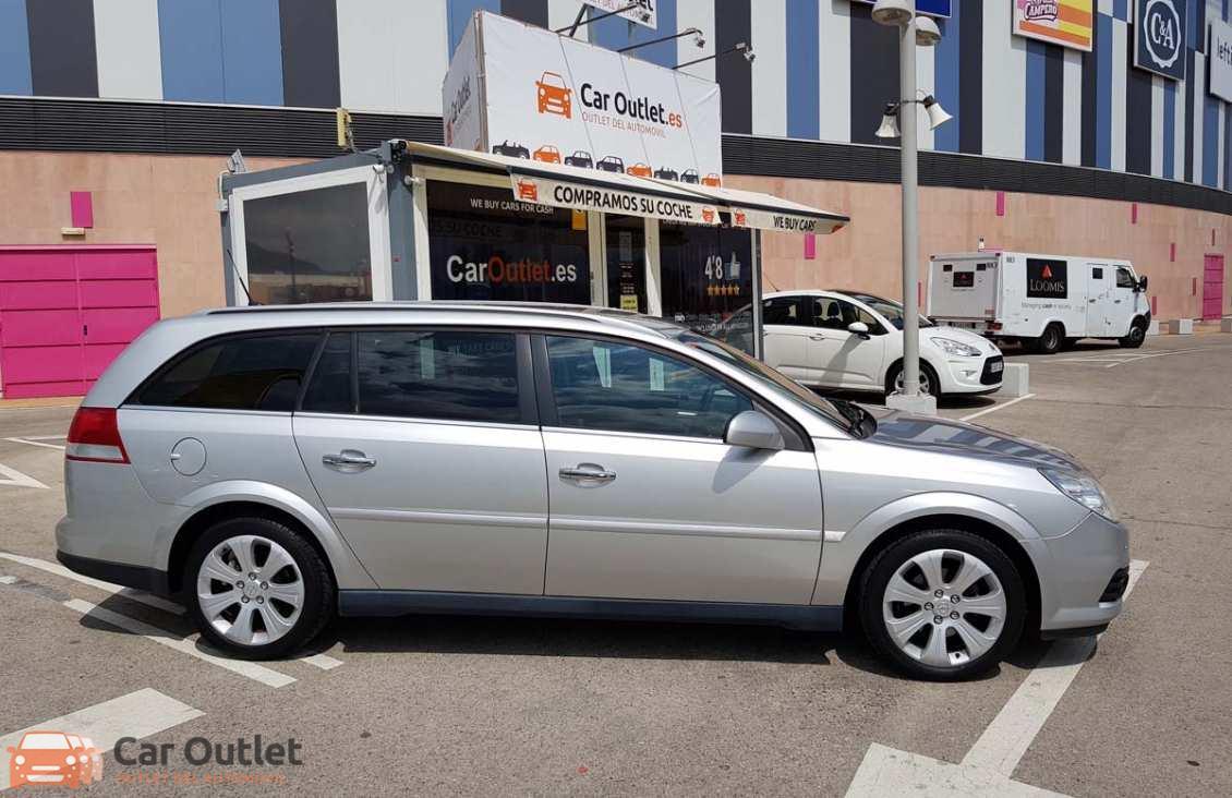 14 - Opel Vectra 2008