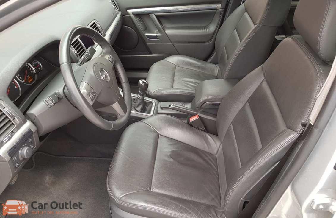 7 - Opel Vectra 2008