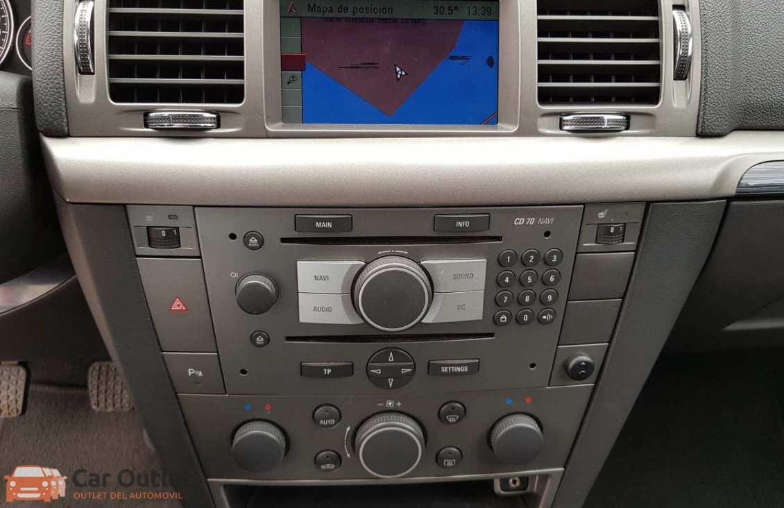 17 - Opel Vectra 2008