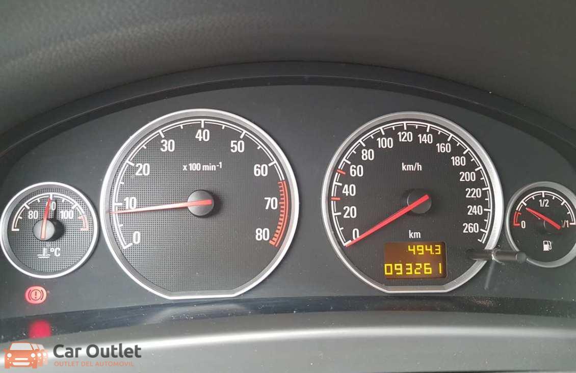 11 - Opel Vectra 2008