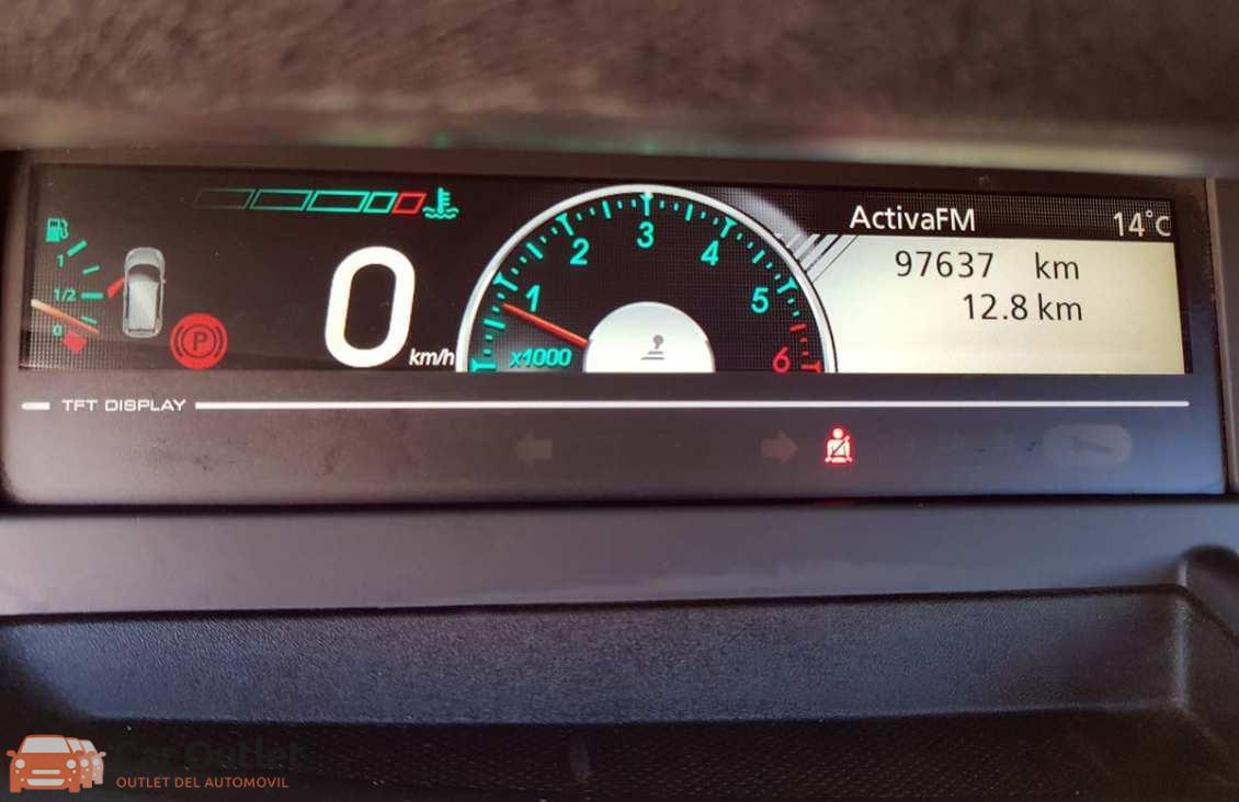 10 - Renault Grand Scenic 2012