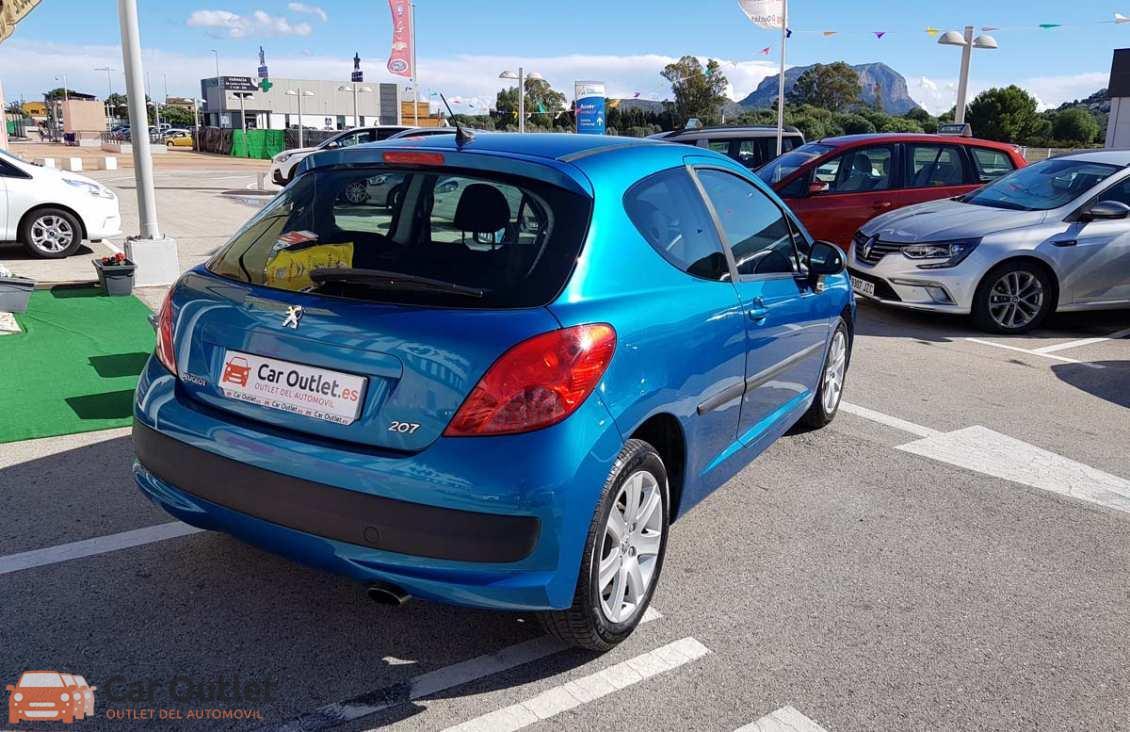 10 - Peugeot 207 2008