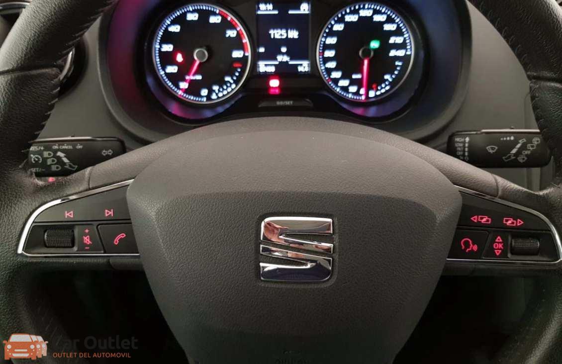 12 - Seat Ibiza 2015 - AUTO