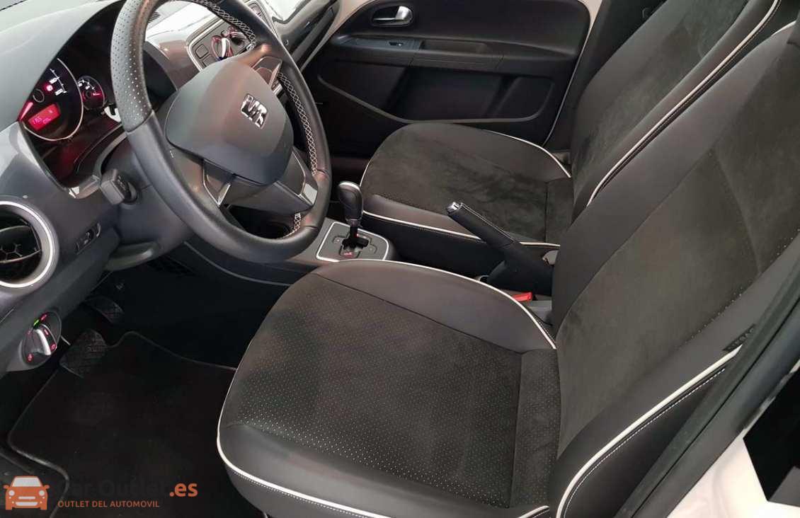 8 - Seat Mii 2015 - AUTO