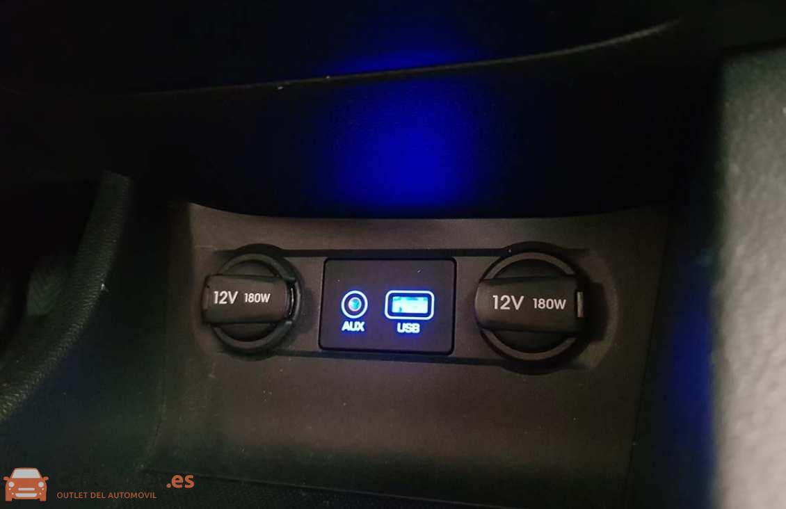 14 - Hyundai i20 2015