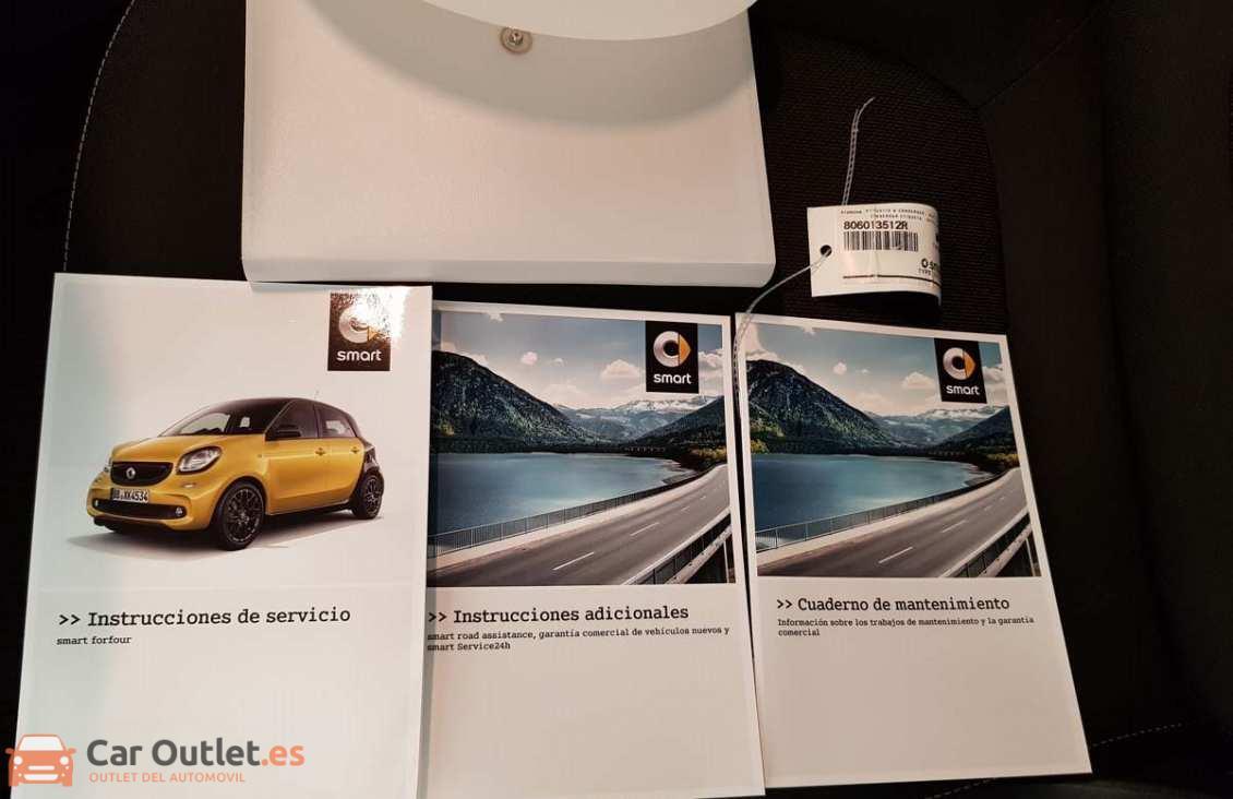 14 - Smart Forfour 2016 - AUTO