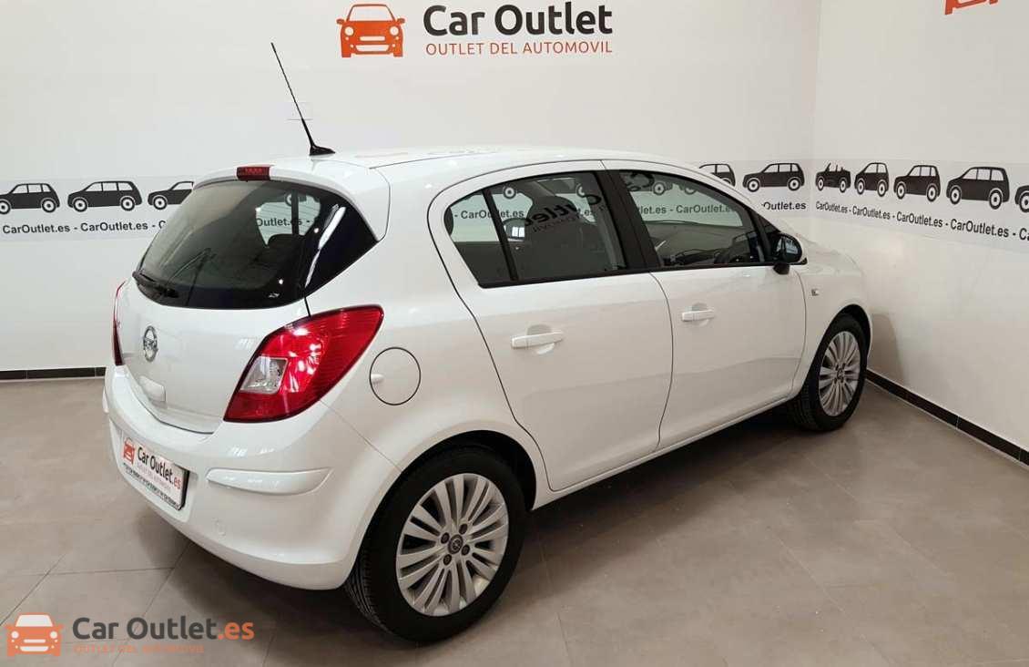 5 - Opel Corsa 2014 - AUTO