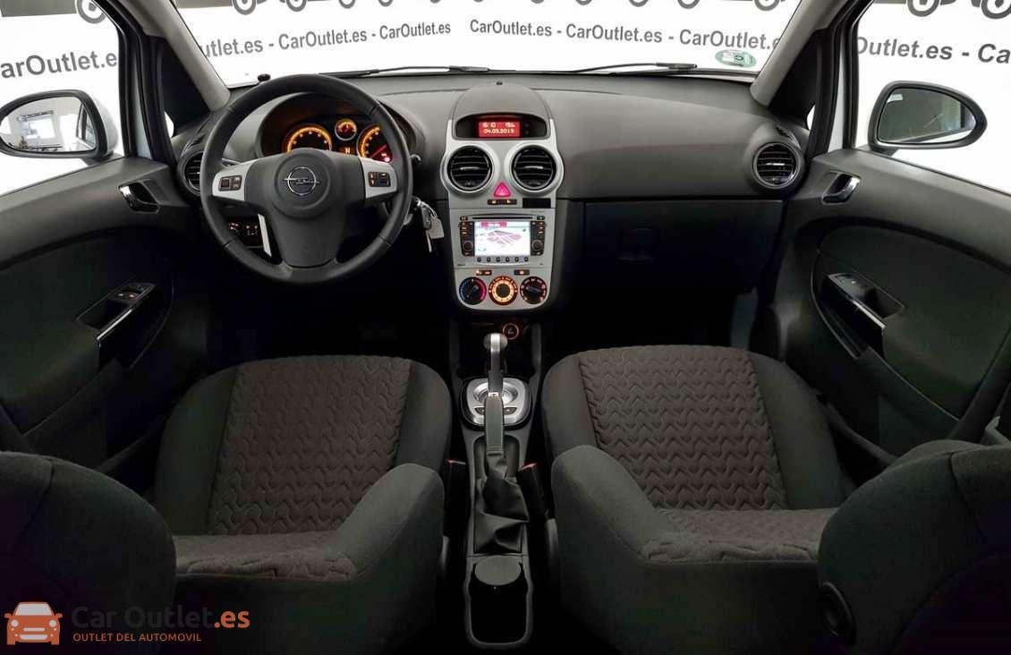 10 - Opel Corsa 2014 - AUTO