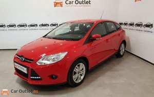 Ford Focus Benzin - 2011