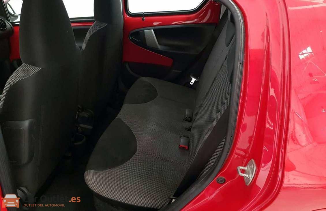 8 - Toyota Aygo 2012 - AUTO