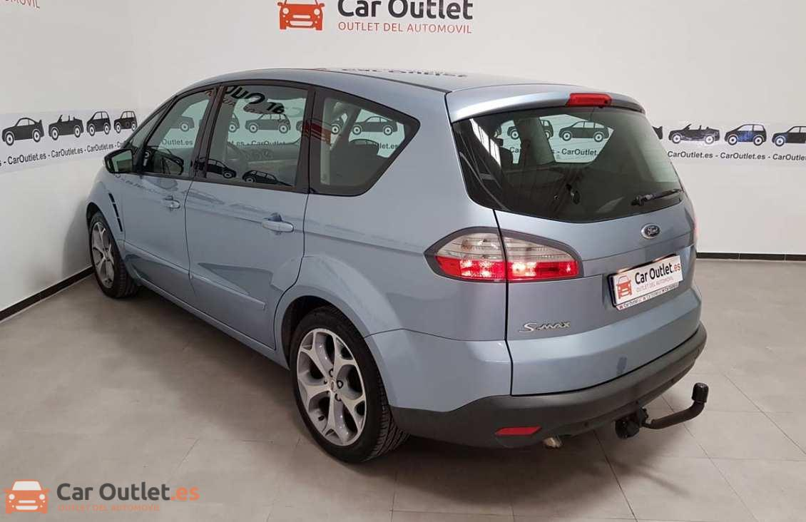 12 - Ford S-Max 2006