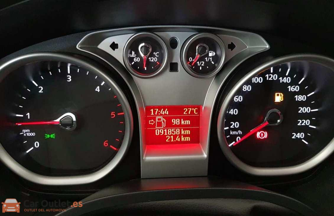 14 - Ford Kuga 2011