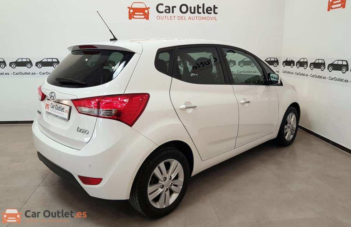 3 - Hyundai ix20 2014 - AUTO