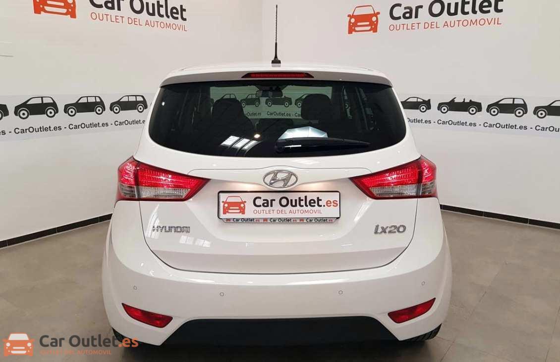 4 - Hyundai ix20 2014 - AUTO