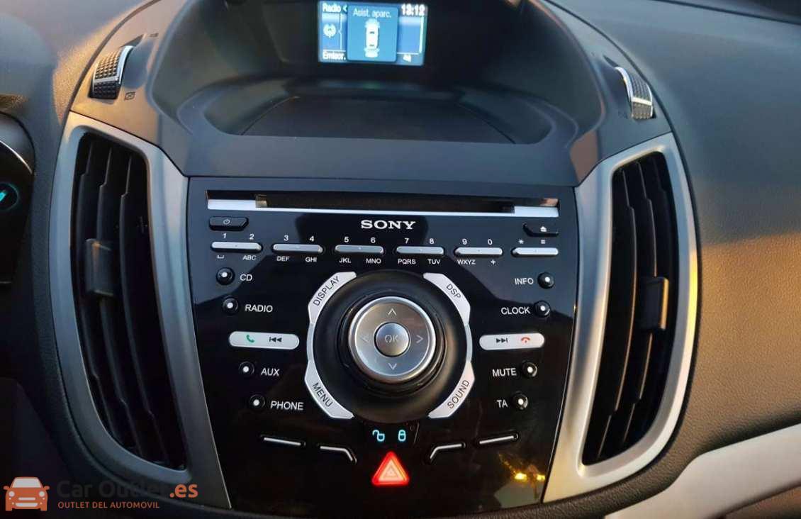 10 - Ford CMax 2014