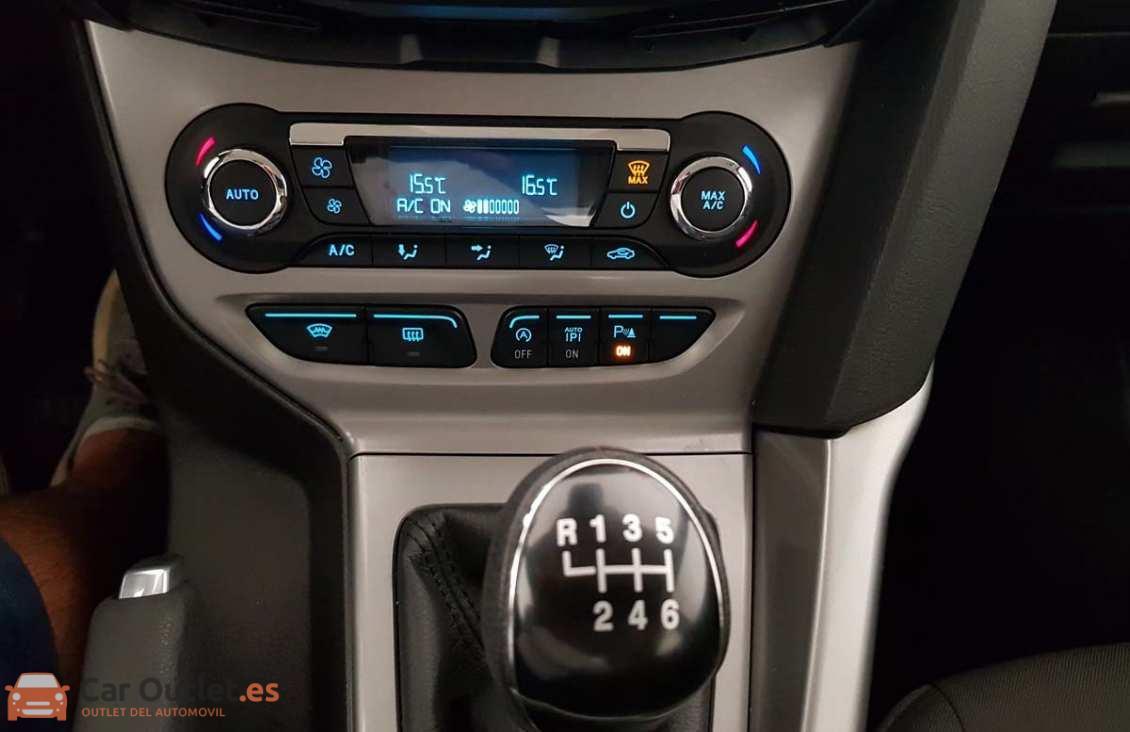 14 - Ford Focus 2014