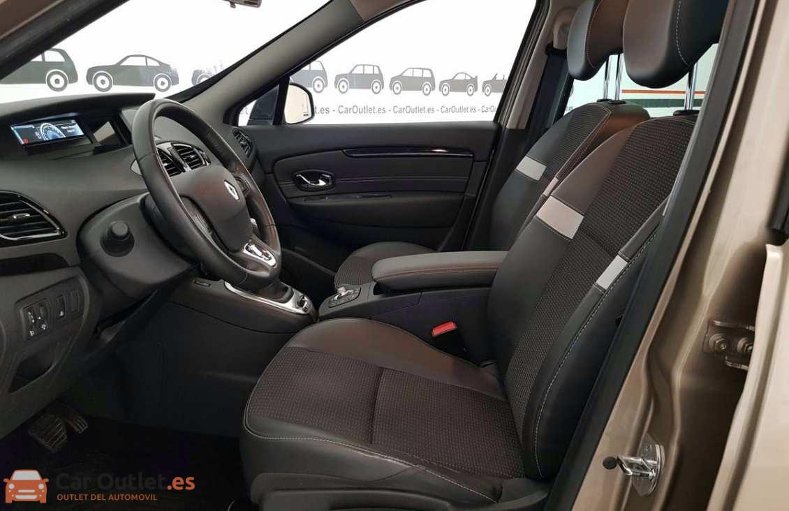 6 - Renault Scenic 2014 - AUTO