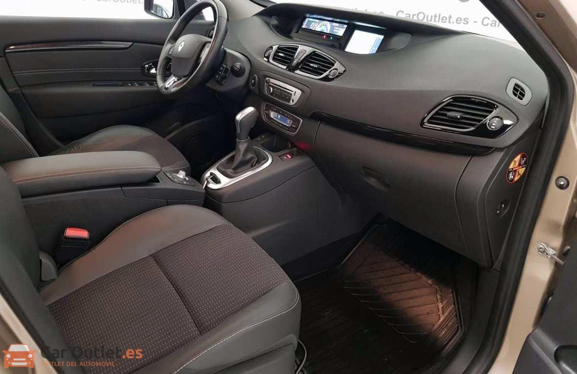 9 - Renault Scenic 2014 - AUTO